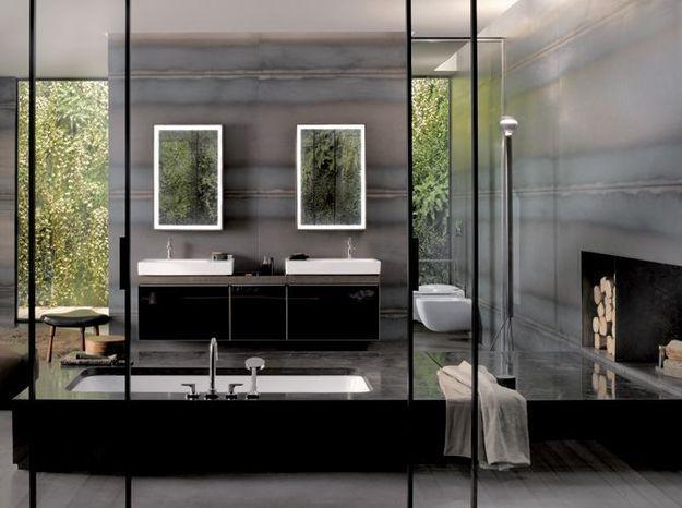 Salle de bain noir et blanc allia
