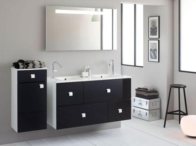 Salle de bain noir et blanc sanijura