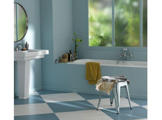 20 salles de bains color es elle d coration. Black Bedroom Furniture Sets. Home Design Ideas