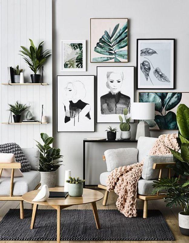 L'ambiance végétale investit aussi les murs via des cadres arty