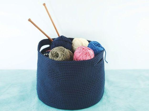 Tricote moi des objets d co elle d coration for Salon tricot