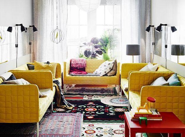 Superposer des tapis pour un effet cosy