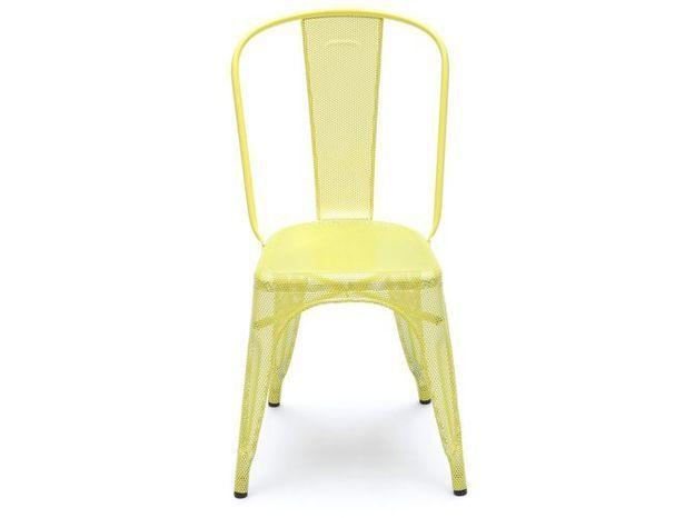 Une chaise industrielle
