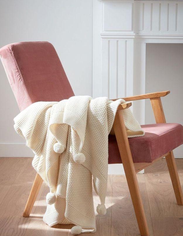 Un plaid tricoté pour une déco douillette