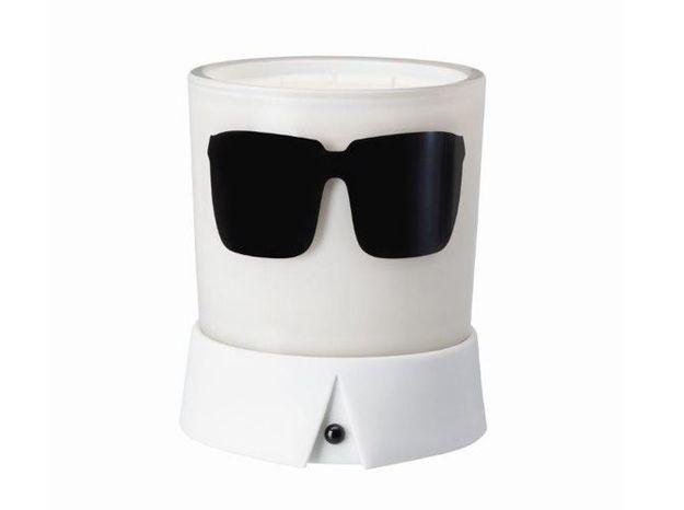 L'objet déco du jour : la bougie Karl Lagerfeld