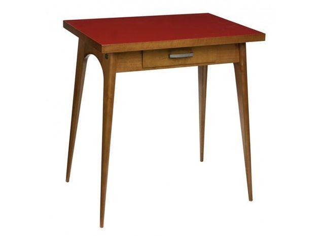 Table rouge comptoir de famille