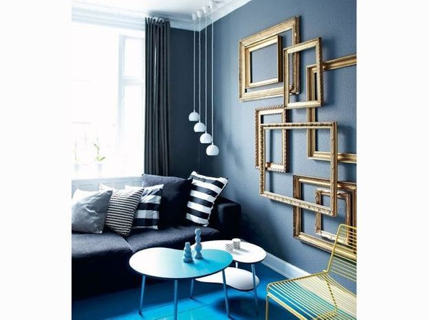 Un salon de caractère bleu