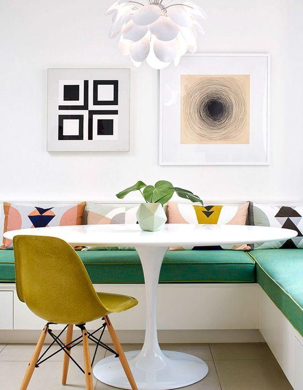 La table Tulipe dans une salle à manger pop