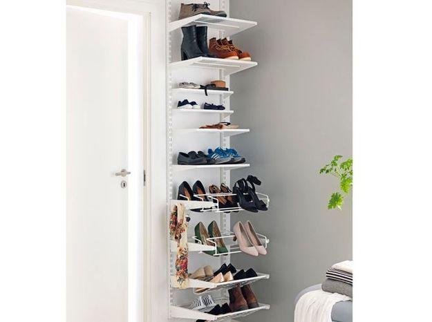 Meuble à chaussures avec étagères pour petite entrée