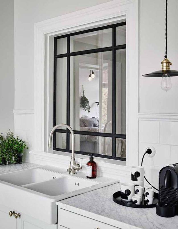 Une verrière intérieure comme une fenêtre