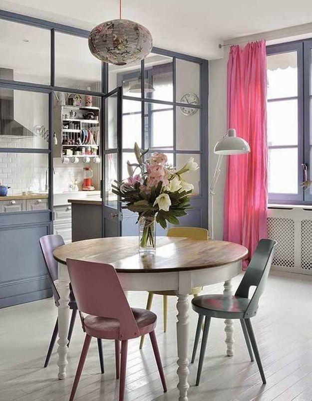 Une verrière intérieure pour une cuisine semi-ouverte