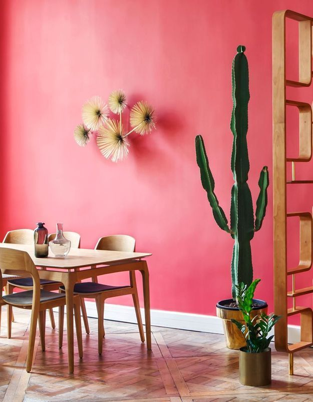 Un mur peint dans une teinte chaude pour une décoration cosy