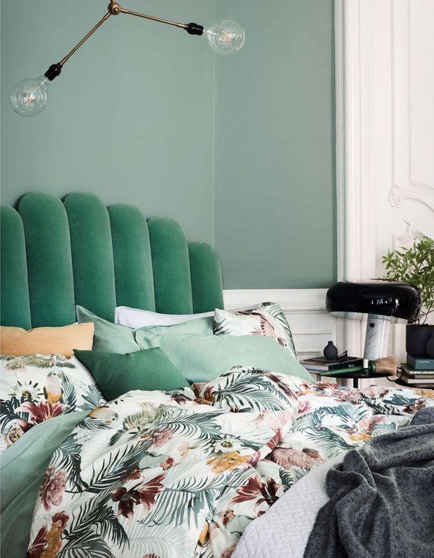 Une tête de lit moelleuse pour une décoration cosy
