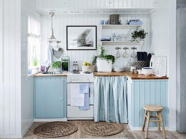 Craquez pour un duo bleu ciel et blanc en cuisine