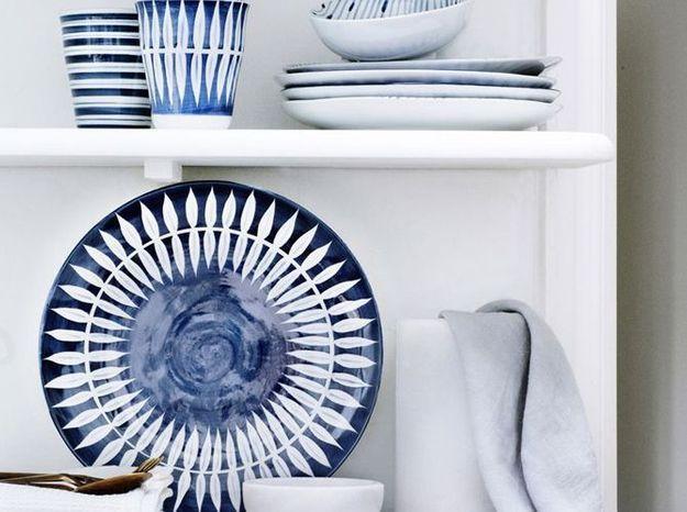 Exposez votre vaisselle... bleue évidemment !