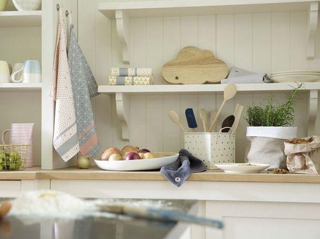 Habillez vos étagères de cuisine de détails tendance