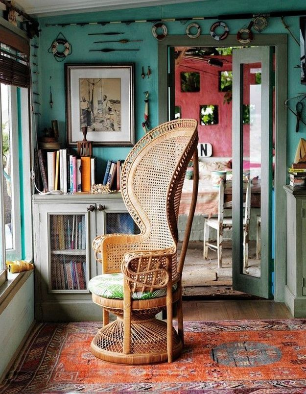 Un fauteuil Emmanuelle gypset
