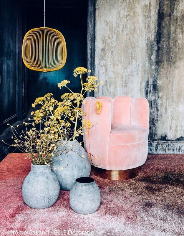 Bouquet de fenouils dans un décor pastel