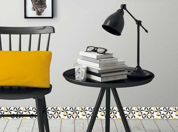 Plinthe Décorative PVC Noire Et Jaune