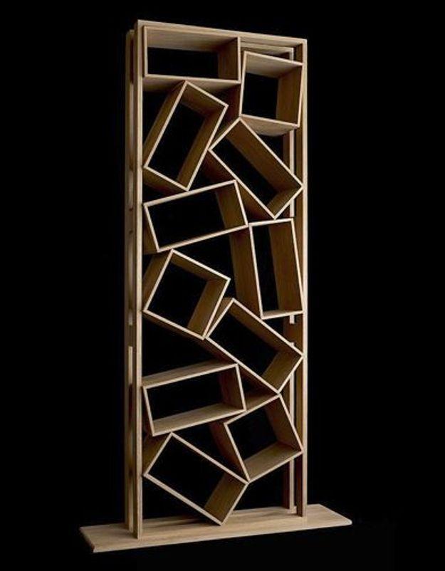 Etagere design original en bois