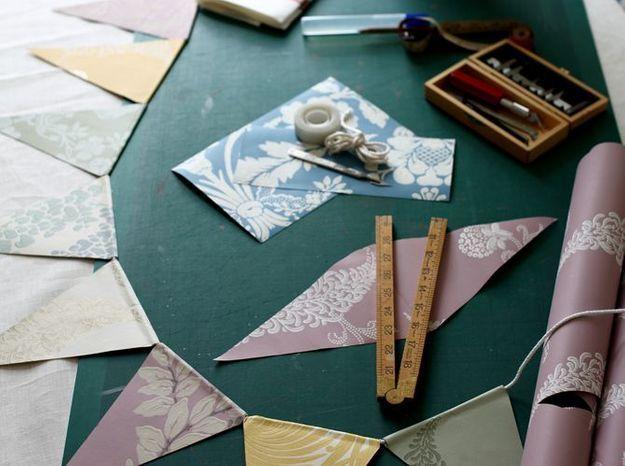 Du papier peint pour créer une guirlande poétique