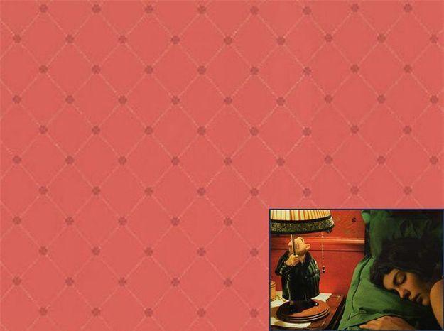 Un papier peint rétro comme dans Amélie Poulain (2001)