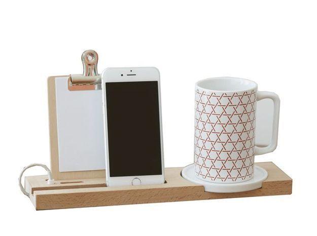 Un set de bureau pour y ranger son portable et mug
