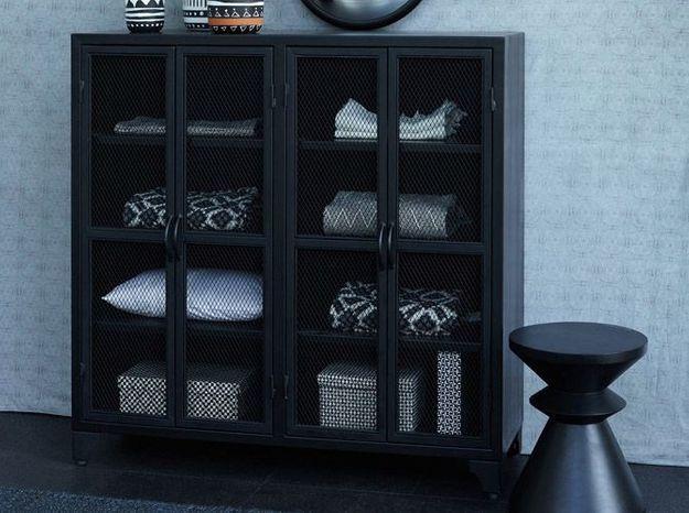 Une armoire patinée au style industriel