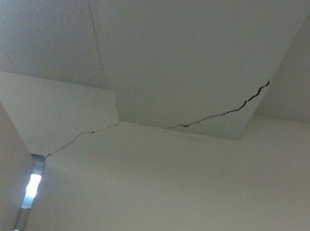 Réparer un plafond ou un mur fissuré
