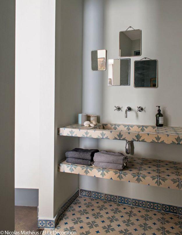 Une salle de bains fait-main