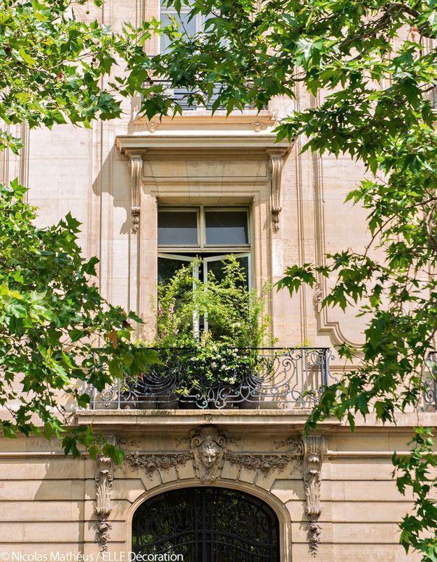 Le balcon encadré d'érables