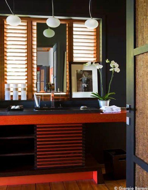 Maison de Johnny Hallyday à Saint-Barth : la salle de bains