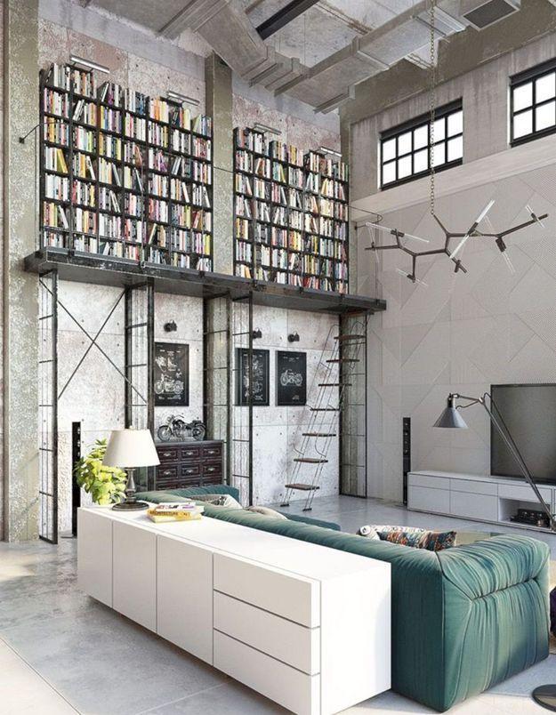 Un loft de rêve avec un mur bibliothèque
