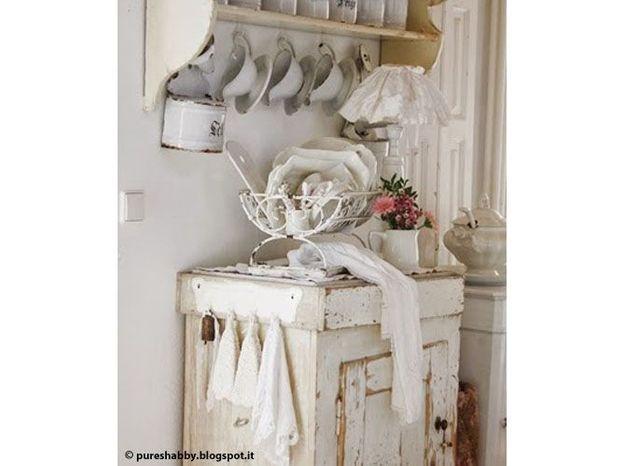 une maison comme la brocante elle d coration. Black Bedroom Furniture Sets. Home Design Ideas