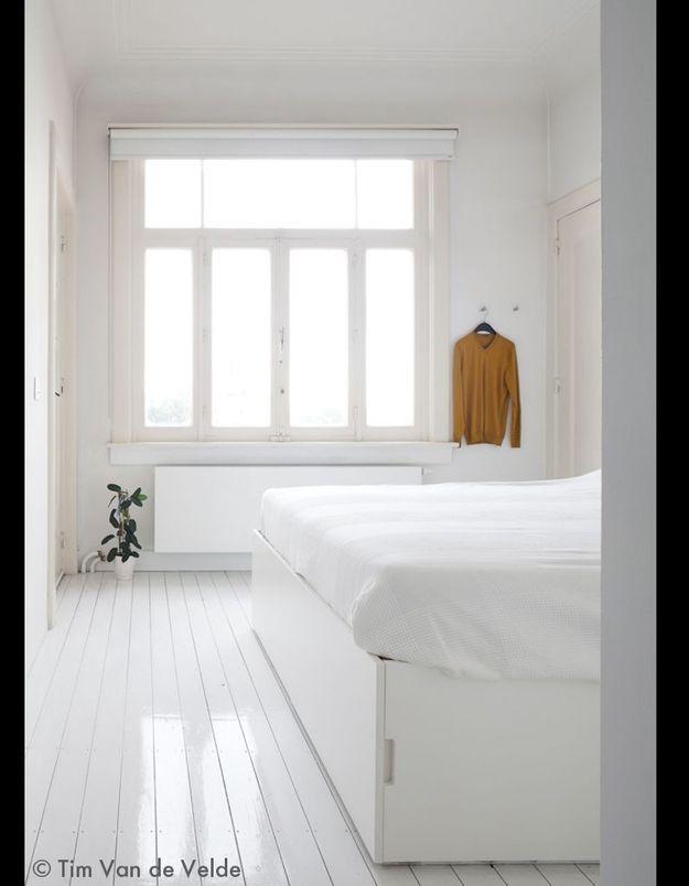 Une chambre blanc lumière