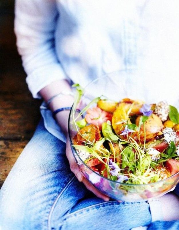 Cuisine recettes été grandes tablées : Salade crétoise aux tomates