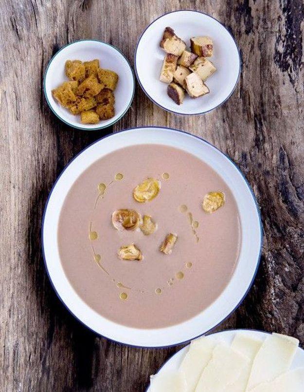 Soupe de légumes : Soupe crémeuse de châtaignes, foie gras et parmesan