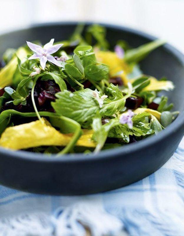 Salade aux fleurs de capucine et de bourrache