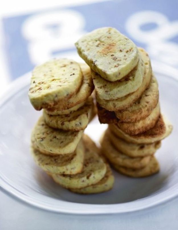 Sablés au sésame, à l'anis et à l'huile essentielle de bergamote