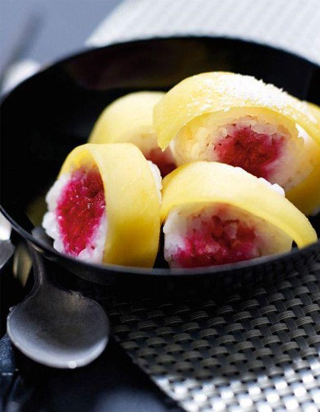 Sushis aux framboises et aux mangues