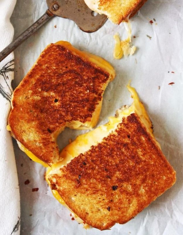 Grilled cheese aux trois fromages