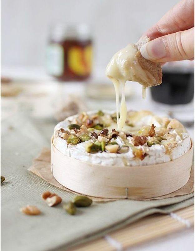 Plateau cuisine française : Camembert aux fruits secs