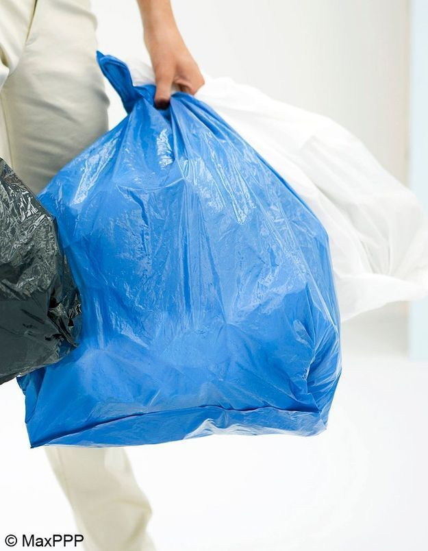 Au secours, nos poubelles débordent !