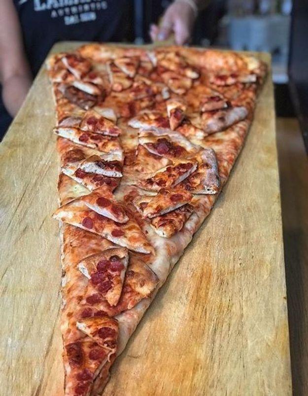 Connaissez-vous la pizza à la pizza ? (non, il n'y a pas de bug)