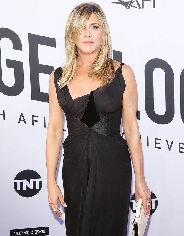 Pourquoi Jennifer Aniston avale du vinaigre de cidre de pomme chaque matin ?