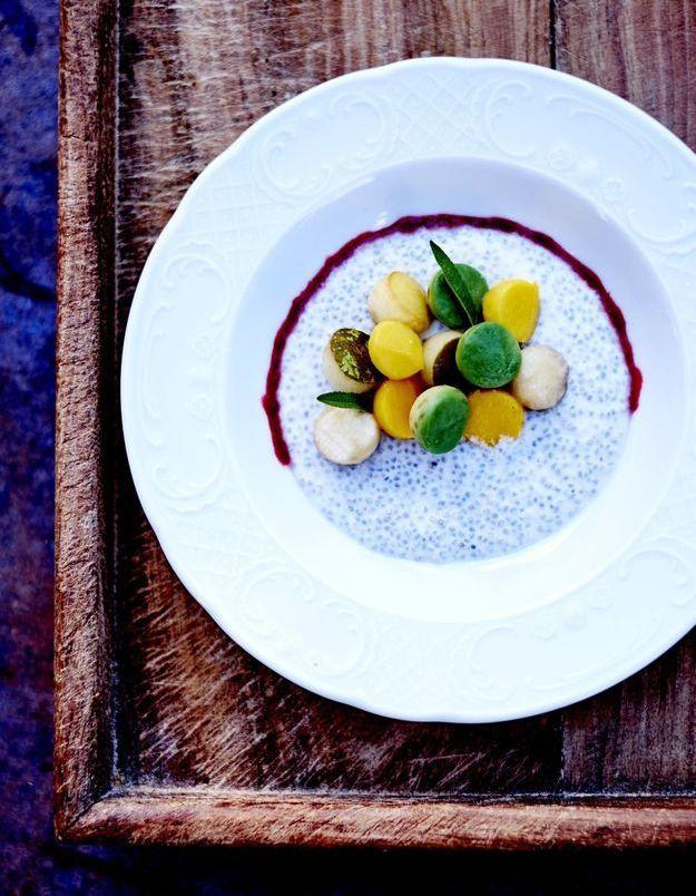 Muesli instantané de chia aux fruits frais