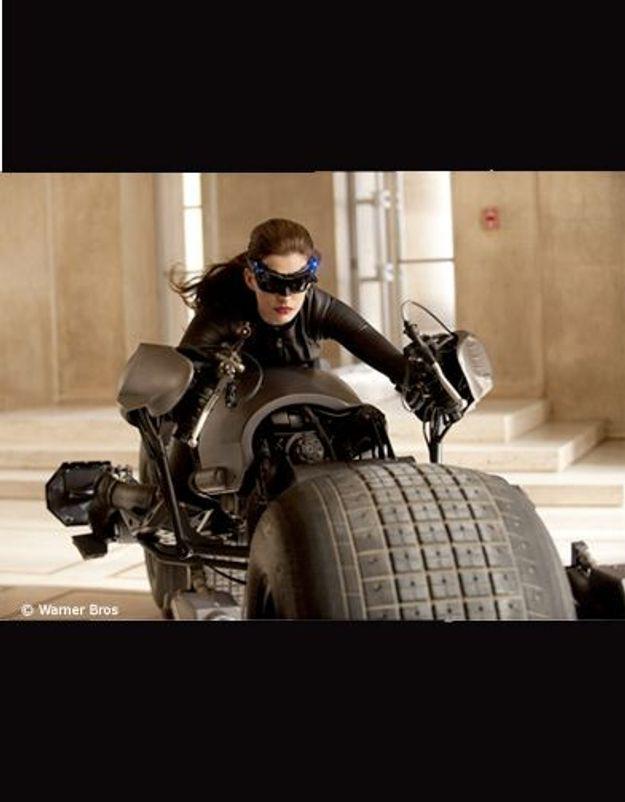 1ère image d'Anne Hathaway en Catwoman !