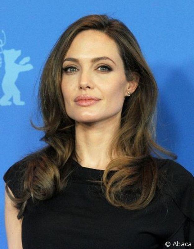 Angelina Jolie défend son 1er  film de réalisatrice à Berlin
