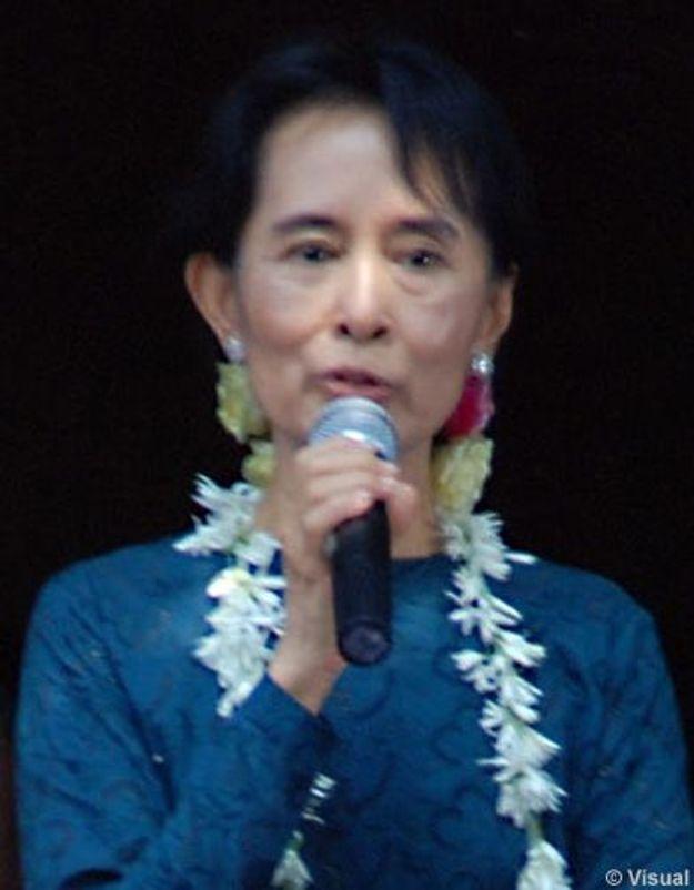 Luc Besson filme l'histoire d'Aung San Suu Kyi avec Michelle Yeoh