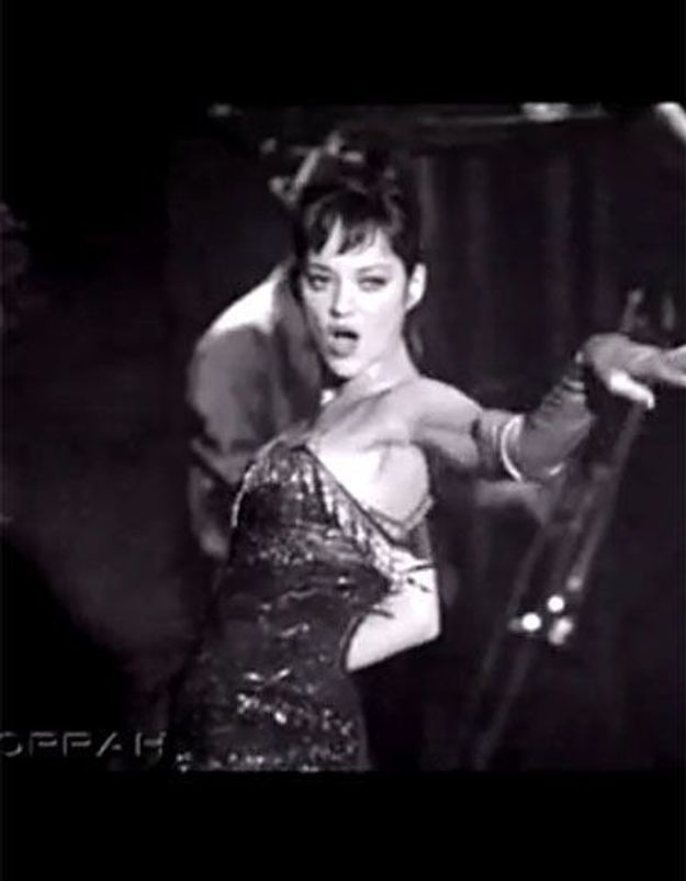 Marion Cotillard, ultra-sexy dans « Nine »
